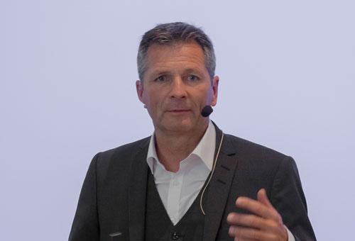 Dr. med. Tobias Bertsch